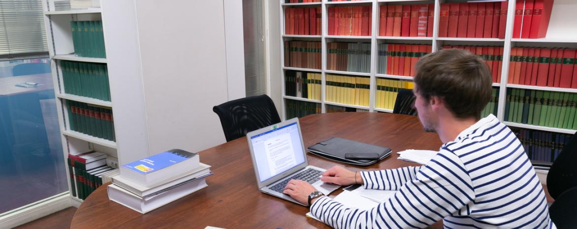 Photo d'un doctorant du laboratoire de droit social